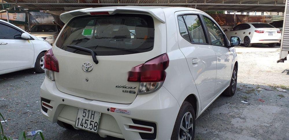 Cần bán xe Toyota Wigo 1.2 MT năm 2019, màu trắng, xe nhập số sàn, giá tốt (2)