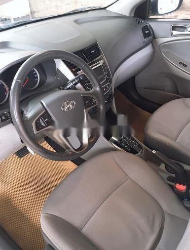 Cần bán lại xe Hyundai Accent đời 2016, màu trắng, nhập khẩu số tự động, giá 460tr (3)