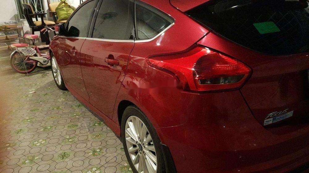 Cần bán gấp Ford Focus đời 2018, màu đỏ, nhập khẩu chính hãng (1)