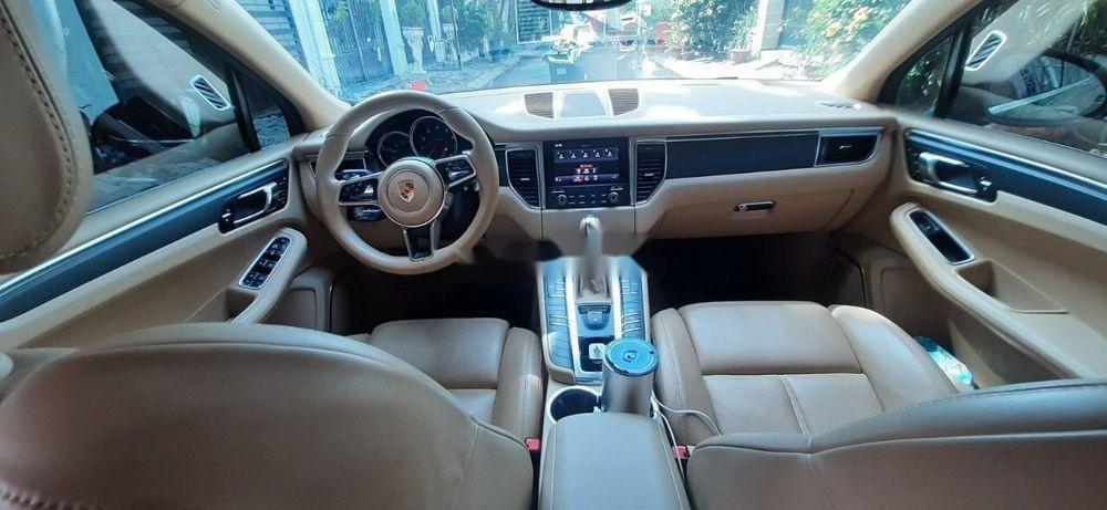 Bán ô tô Porsche Macan đời 2016, màu đen chính chủ (4)