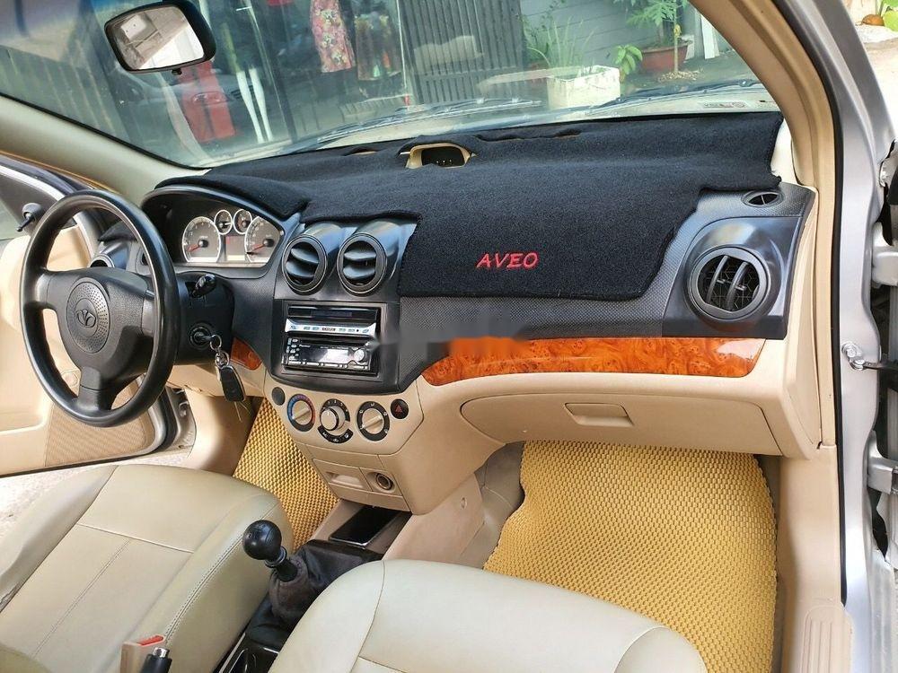 Cần bán lại xe Daewoo Gentra MT 2009, màu bạc xe gia đình (8)