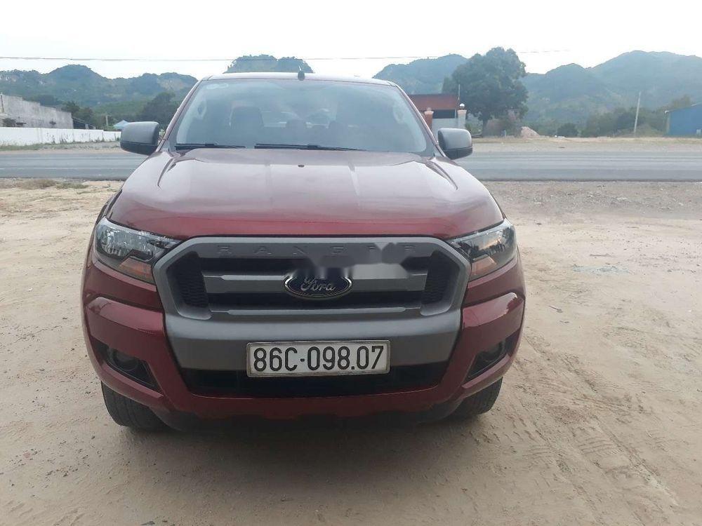 Cần bán xe Ford Ranger Xls 2.2at năm sản xuất 2017, màu đỏ, nhập khẩu (1)