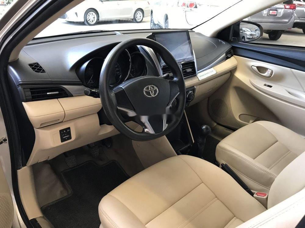 Cần bán Toyota Vios E năm 2017 số sàn, màu nâu vàng (3)