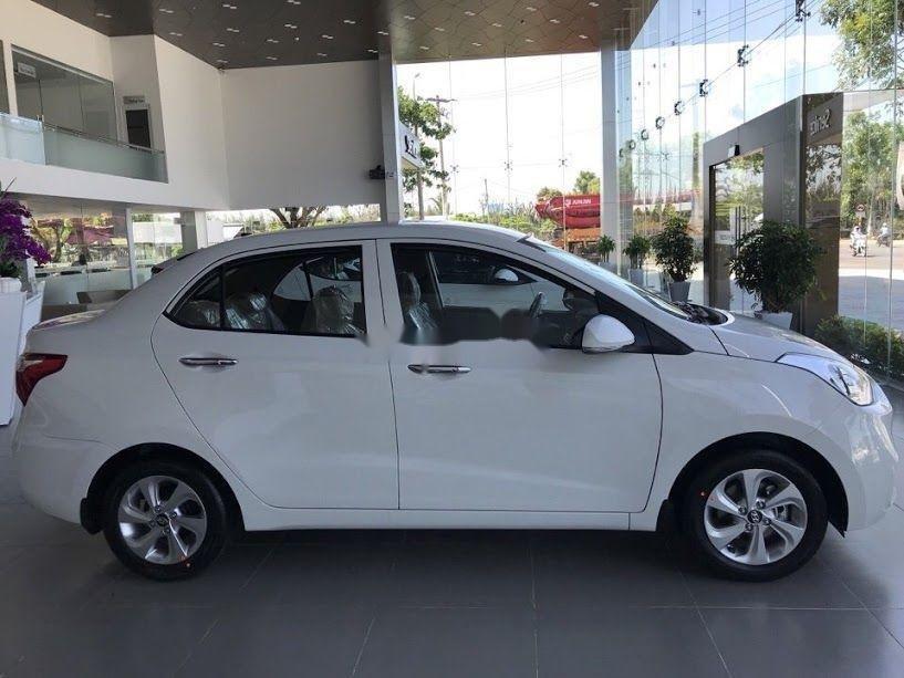 Cần bán xe Hyundai Grand i10 1.2MT sản xuất năm 2019, màu trắng, xe nhập (3)