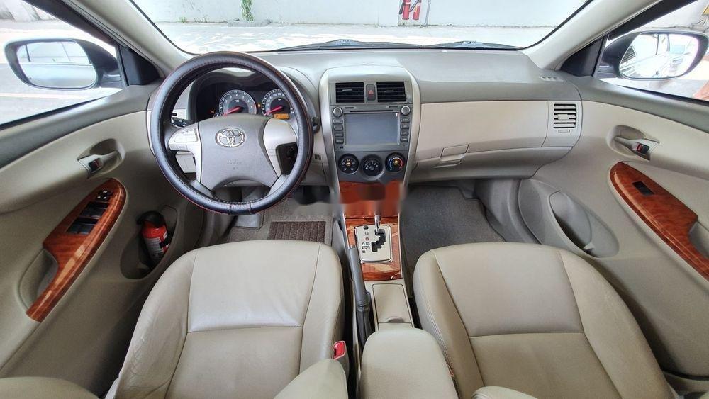 Cần bán gấp Toyota Corolla Altis 1.8AT sx 2009, màu bạc (5)