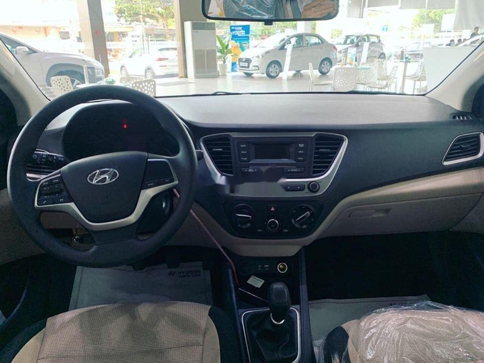 Cần bán xe Hyundai Accent năm 2019, ưu đãi hấp dẫn (5)