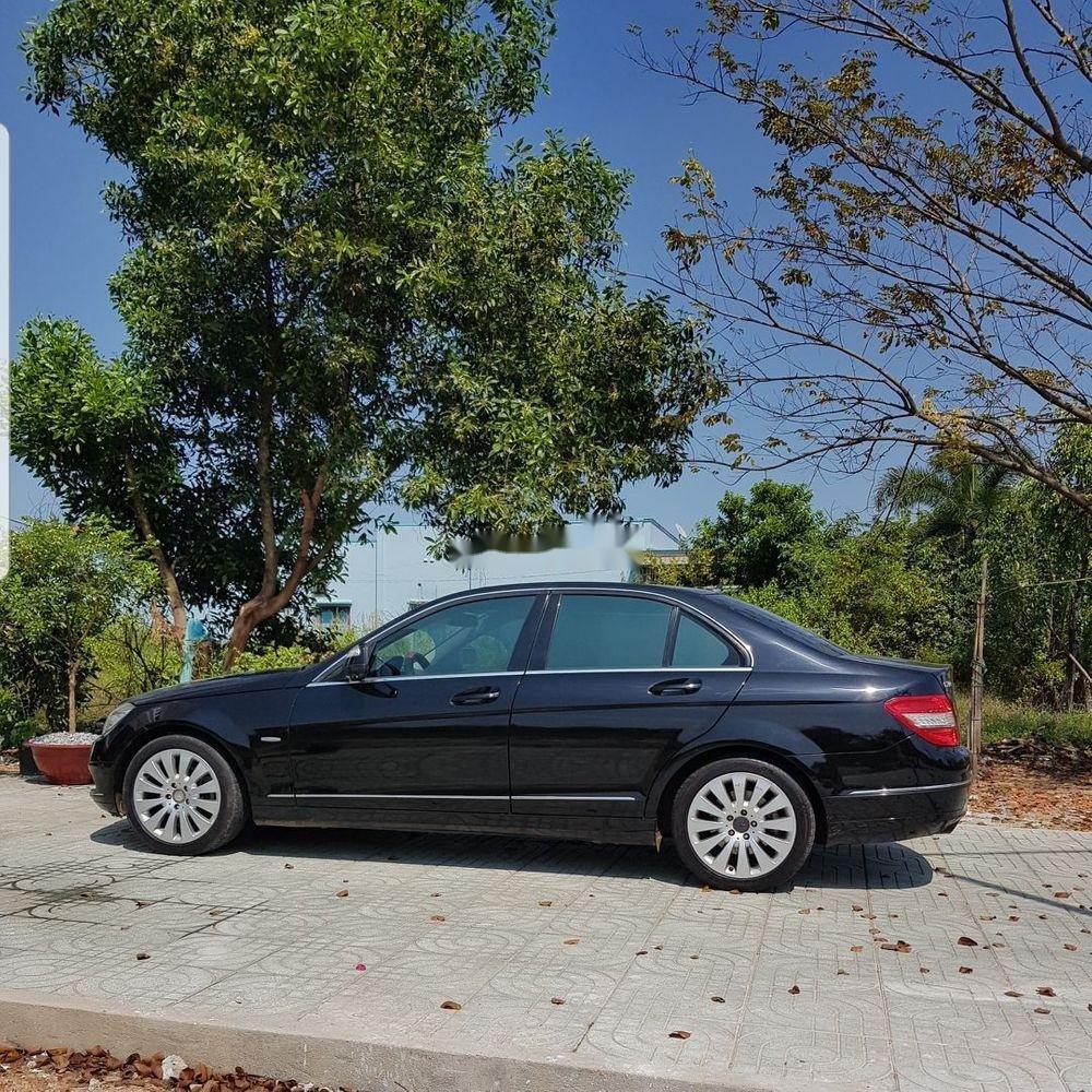 Cần bán gấp Mercedes C200 đời 2007, màu đen, giá tốt (3)