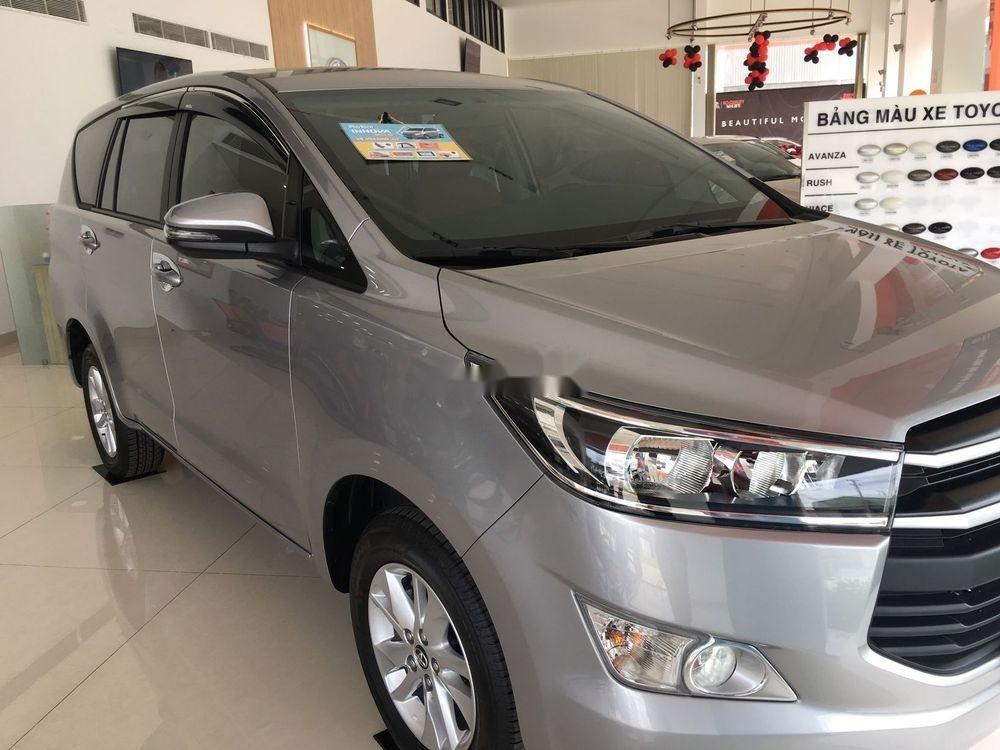 Bán Toyota Innova sản xuất năm 2019, giá tốt (3)