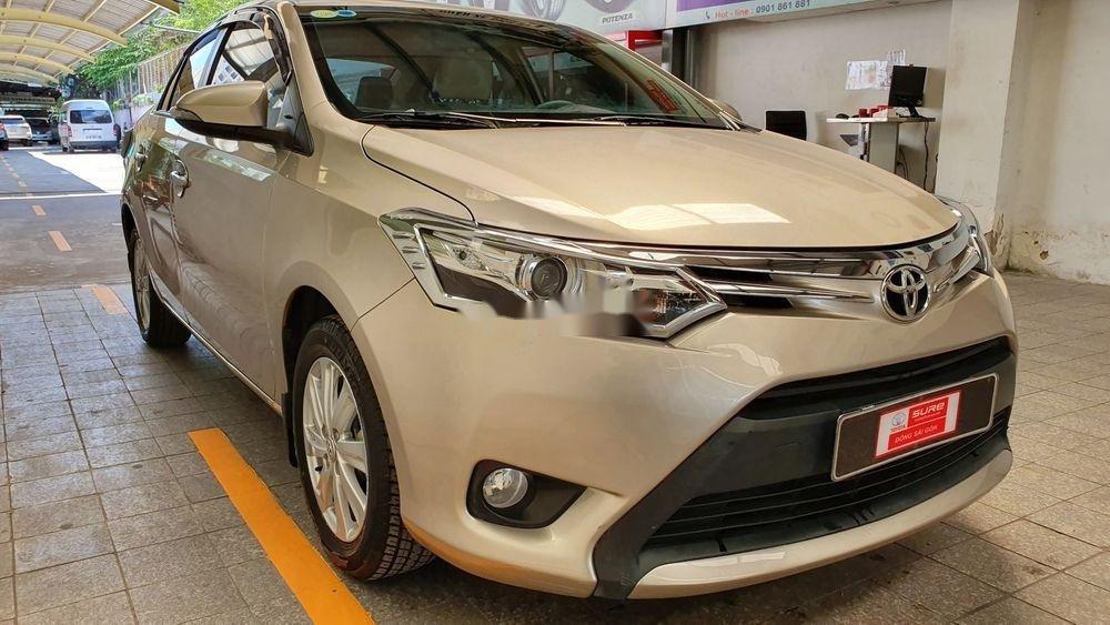 Cần bán Toyota Vios E năm 2017 số sàn, màu nâu vàng (2)