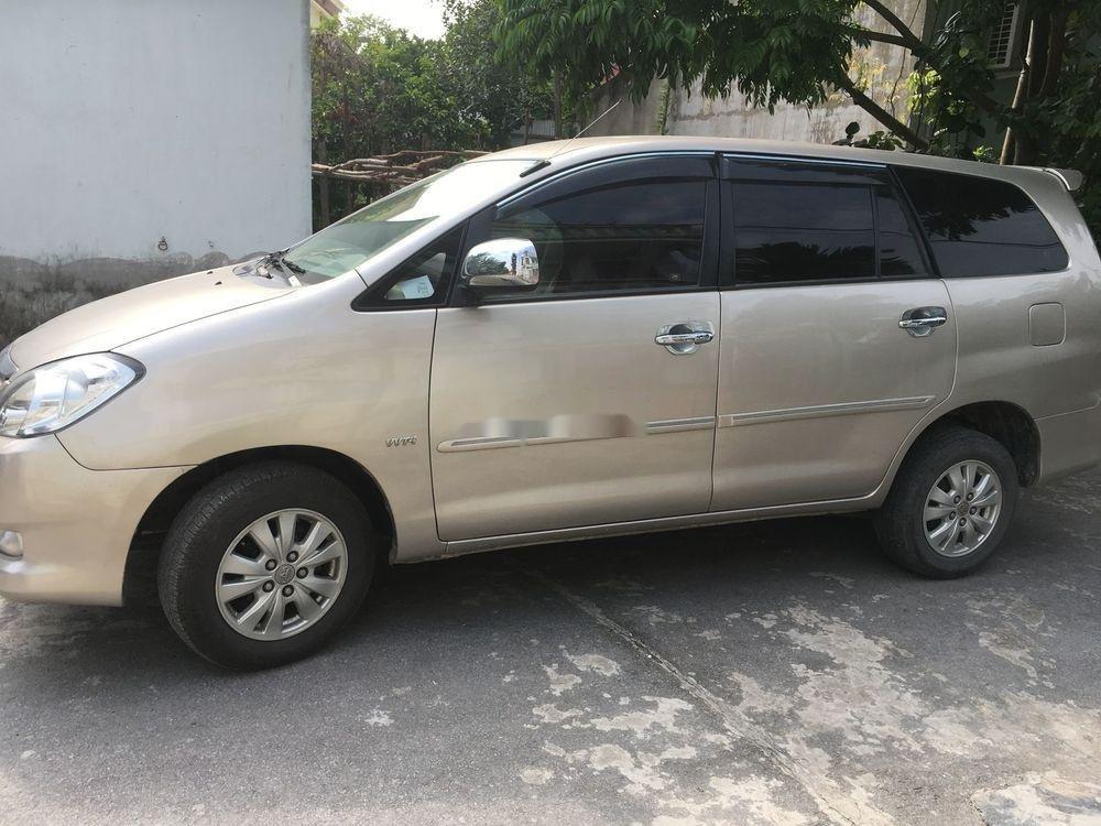 Bán Toyota Innova G năm sản xuất 2009, giá tốt (2)