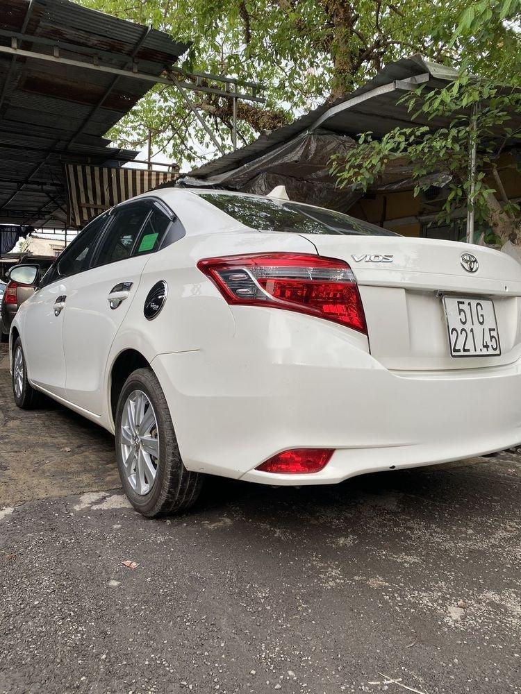 Bán Toyota Vios 1.5MT  đời 2016, màu trắng xe gia đình (3)