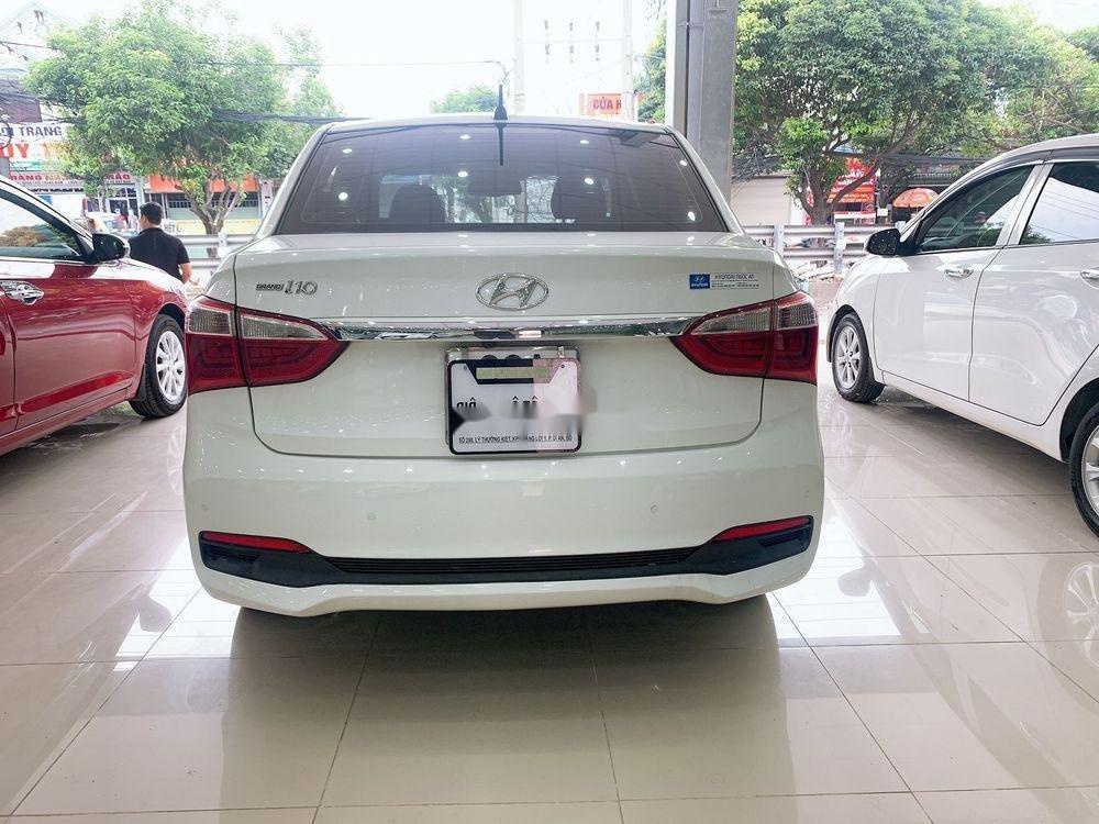Cần bán lại xe Hyundai Grand i10 MT đời 2017, màu trắng, giá tốt (7)