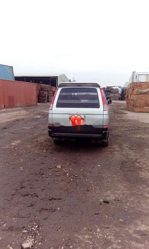 Xe Mitsubishi Jolie sản xuất năm 2003, nhập khẩu nguyên chiếc, giá tốt (5)