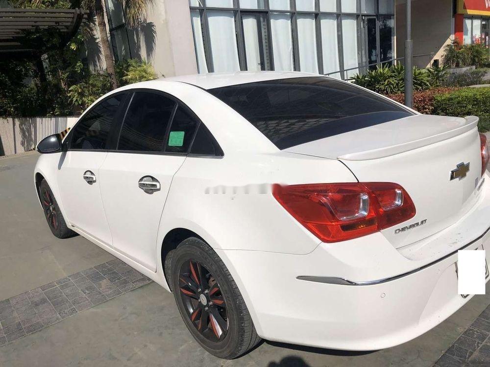 Bán Chevrolet Cruze MT đời 2016, màu trắng số sàn giá tốt (3)