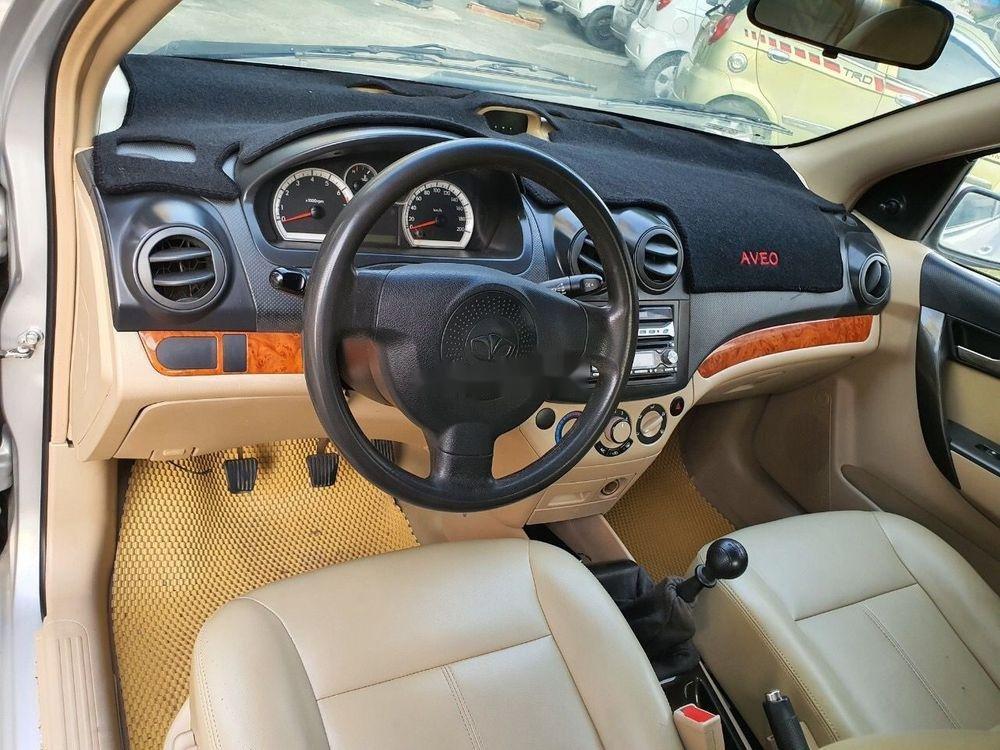 Cần bán lại xe Daewoo Gentra MT 2009, màu bạc xe gia đình (7)