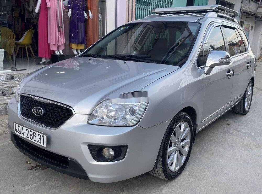 Cần bán Kia Carens sản xuất năm 2012, màu bạc chính chủ xe nguyên bản (2)