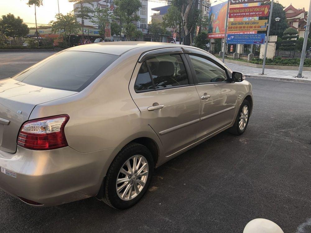Cần bán xe Toyota Vios 1.5E MT 2013, màu vàng cát, số sàn (4)