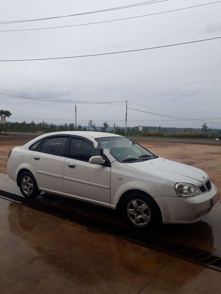 Cần bán gấp Daewoo Lacetti 2005, màu trắng, nhập khẩu chính chủ (1)