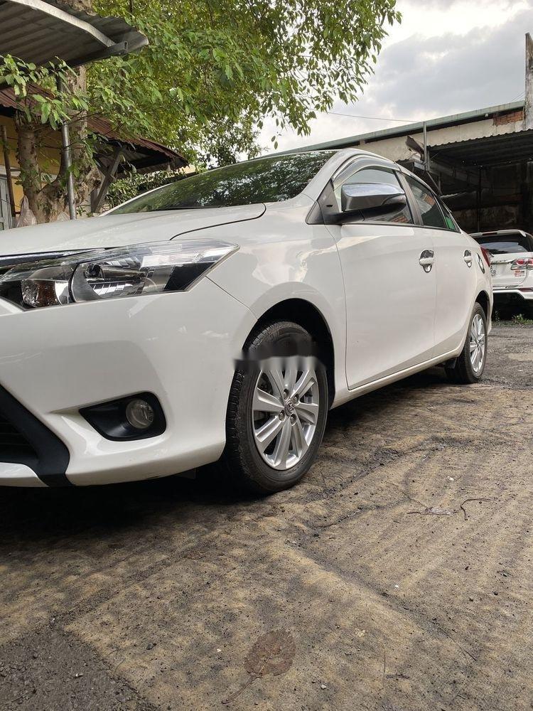 Bán Toyota Vios 1.5MT  đời 2016, màu trắng xe gia đình (2)