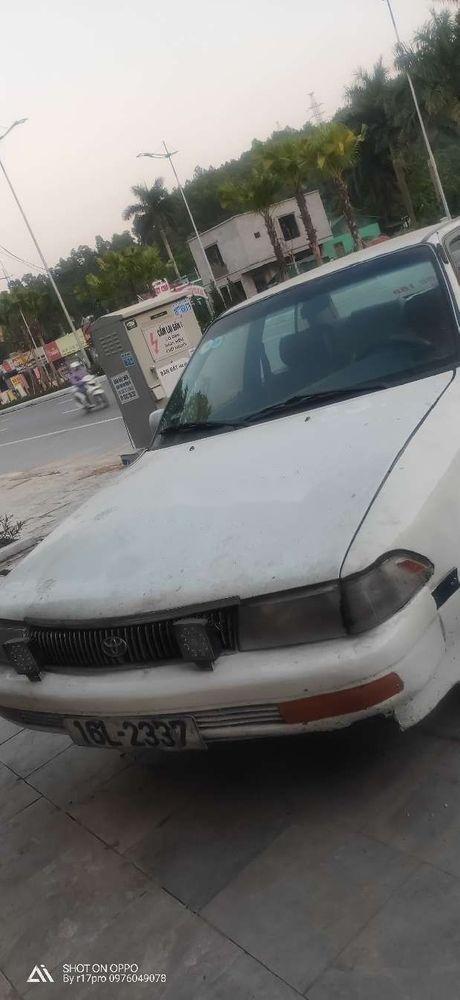 Bán Toyota Corona đời 1994, màu trắng, xe nhập, giá 40tr (3)