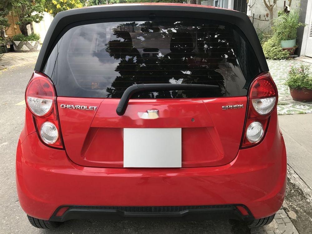 Cần bán Chevrolet Spark năm sản xuất 2017, màu đỏ số sàn (2)