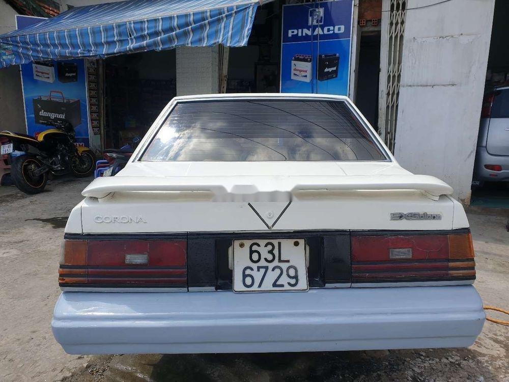Cần bán lại xe Toyota Corona năm sản xuất 1984, màu trắng (3)