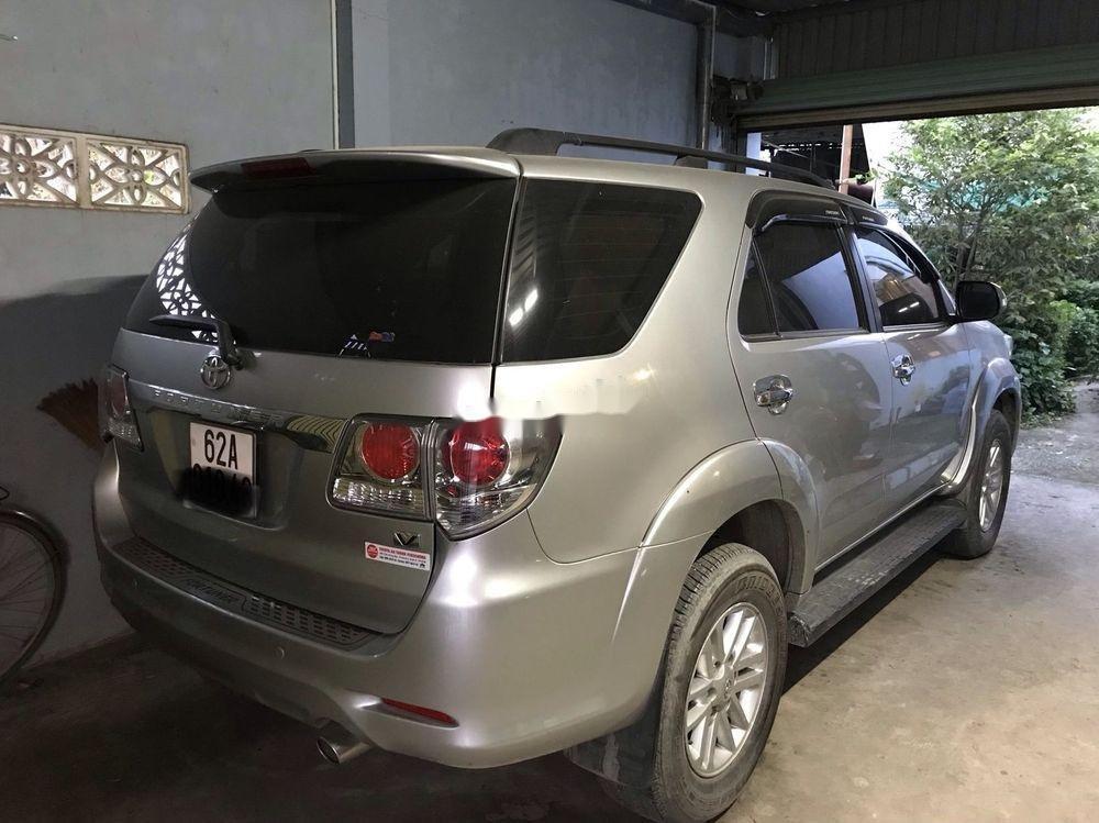 Cần bán gấp Toyota Fortuner 2.7 đời 2013, giá chỉ 670 triệu (3)