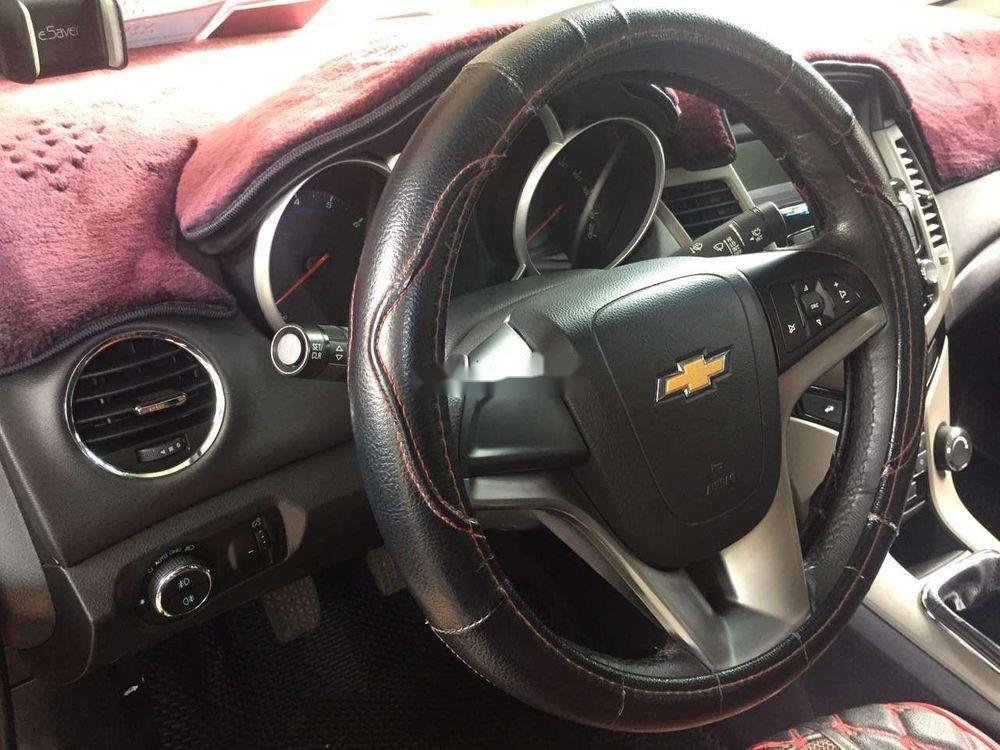 Cần bán lại xe Chevrolet Cruze sản xuất năm 2016, màu đỏ, nhập khẩu (5)
