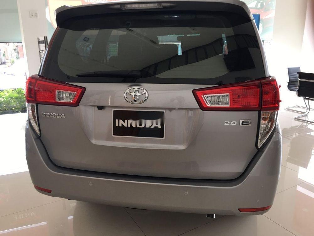 Bán Toyota Innova sản xuất năm 2019, giá tốt (2)