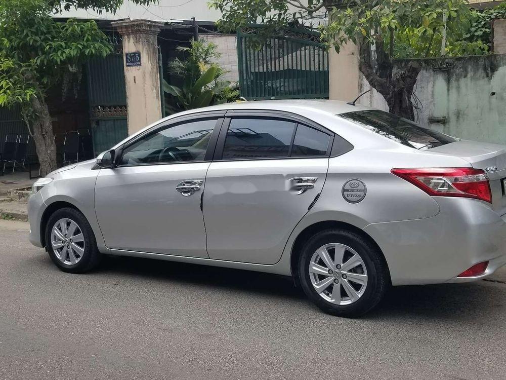 Bán xe Toyota Vios EMT sản xuất 2016, màu bạc xe gia đình (3)