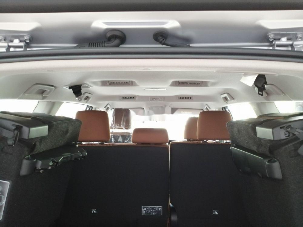 Bán Toyota Innova năm 2019, giá ưu đãi (3)