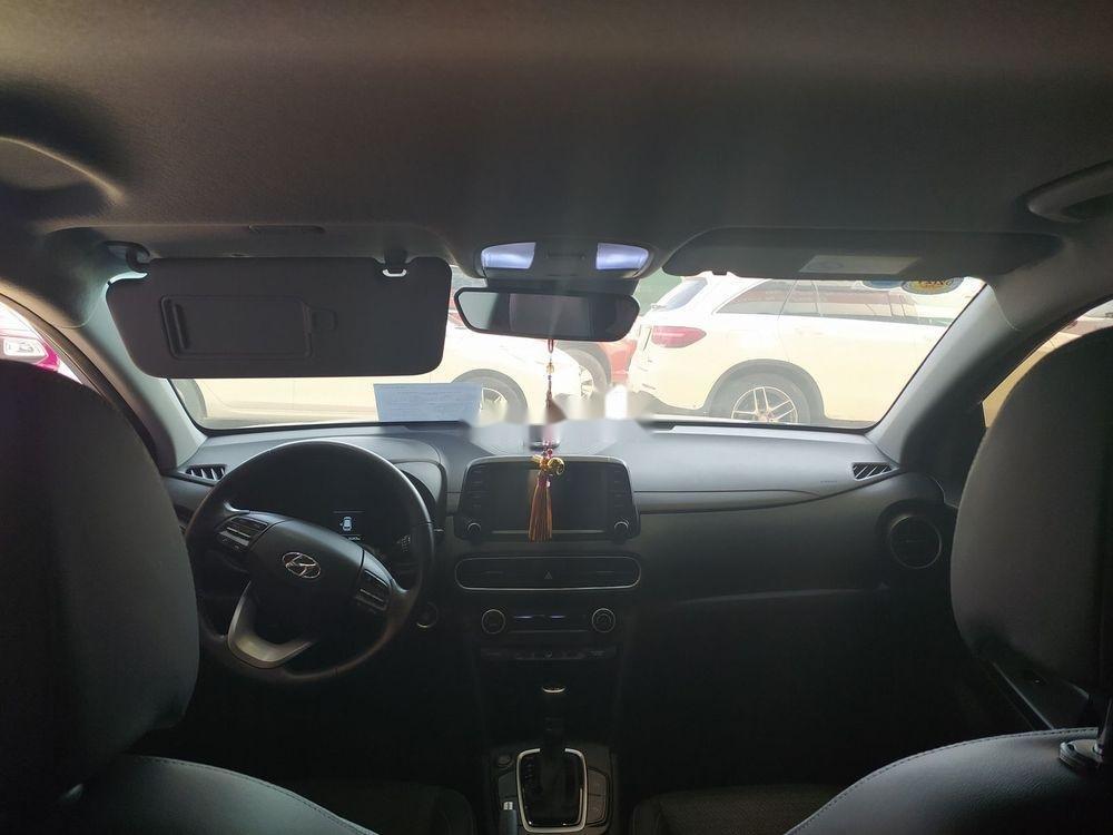Cần bán Hyundai Kona sản xuất 2018, màu trắng (10)