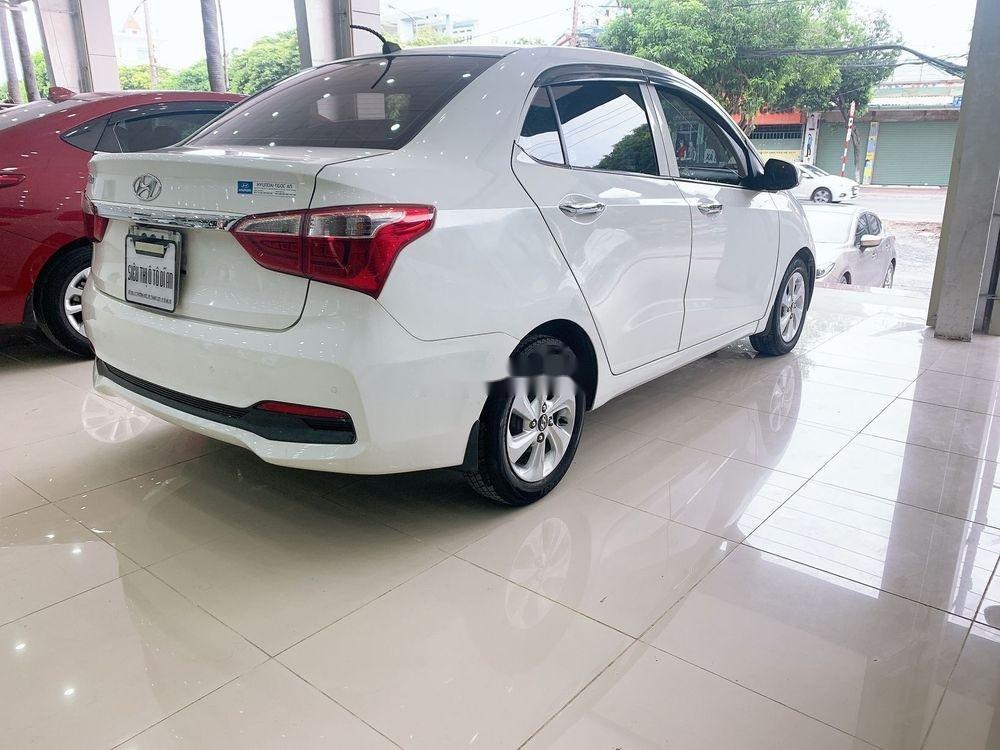 Cần bán lại xe Hyundai Grand i10 MT đời 2017, màu trắng, giá tốt (2)
