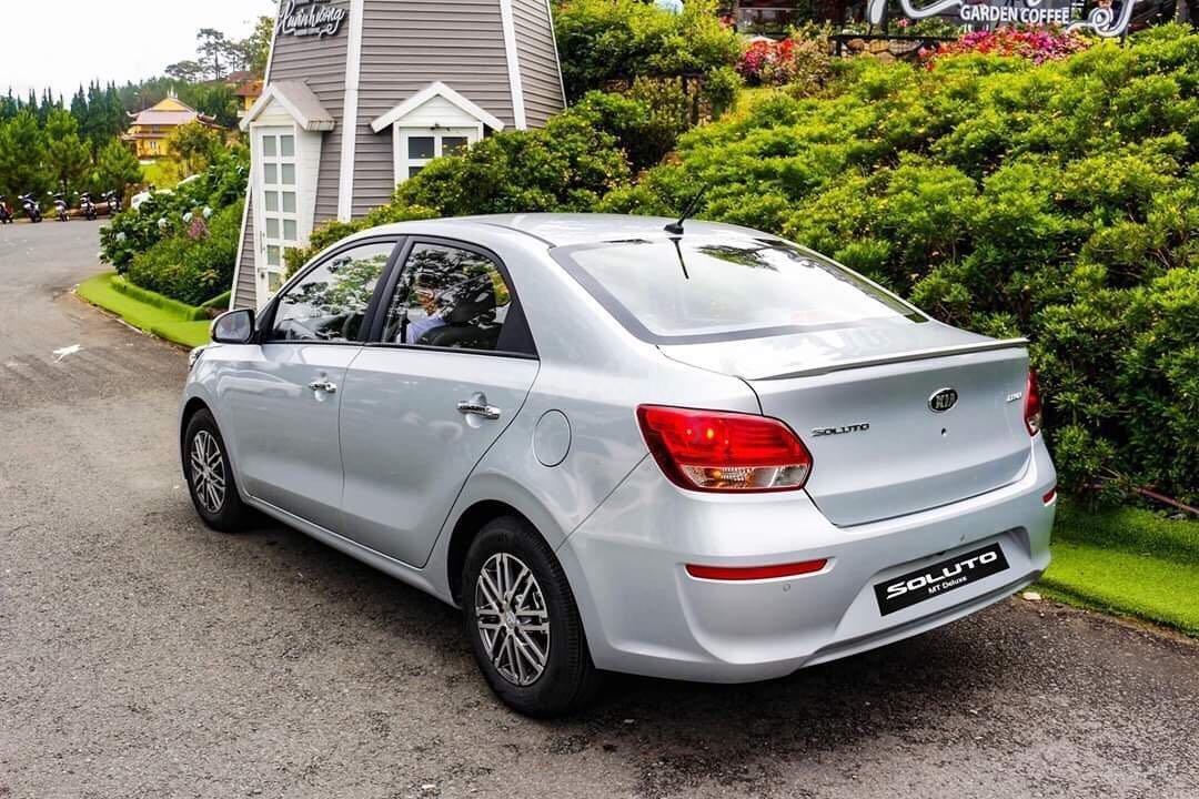 Kia Soluto Sedan phân khúc B giá hot nhất (2)