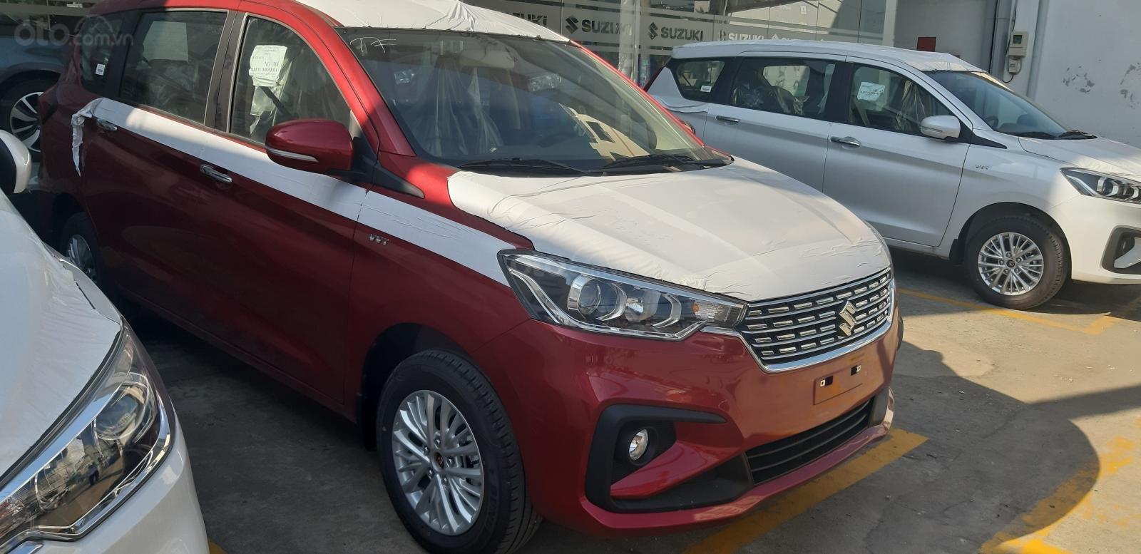 Bán Suzuki Ertiga GLX màu đỏ, xe có sẵn hot hot, hỗ trợ Bank cao (2)
