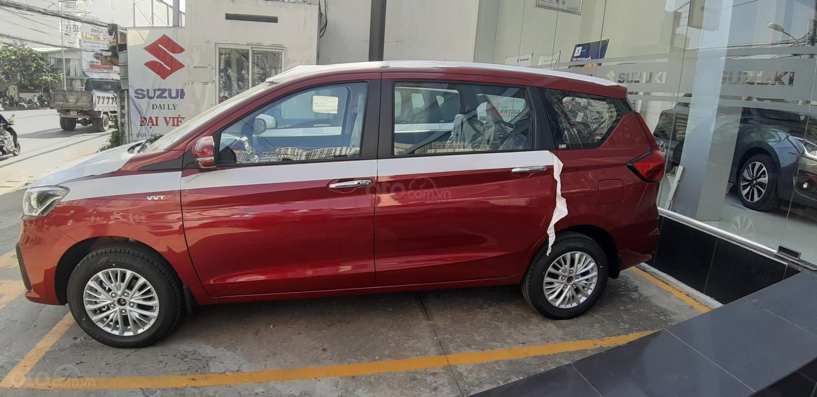 Bán Suzuki Ertiga GLX màu đỏ, xe có sẵn hot hot, hỗ trợ Bank cao (5)