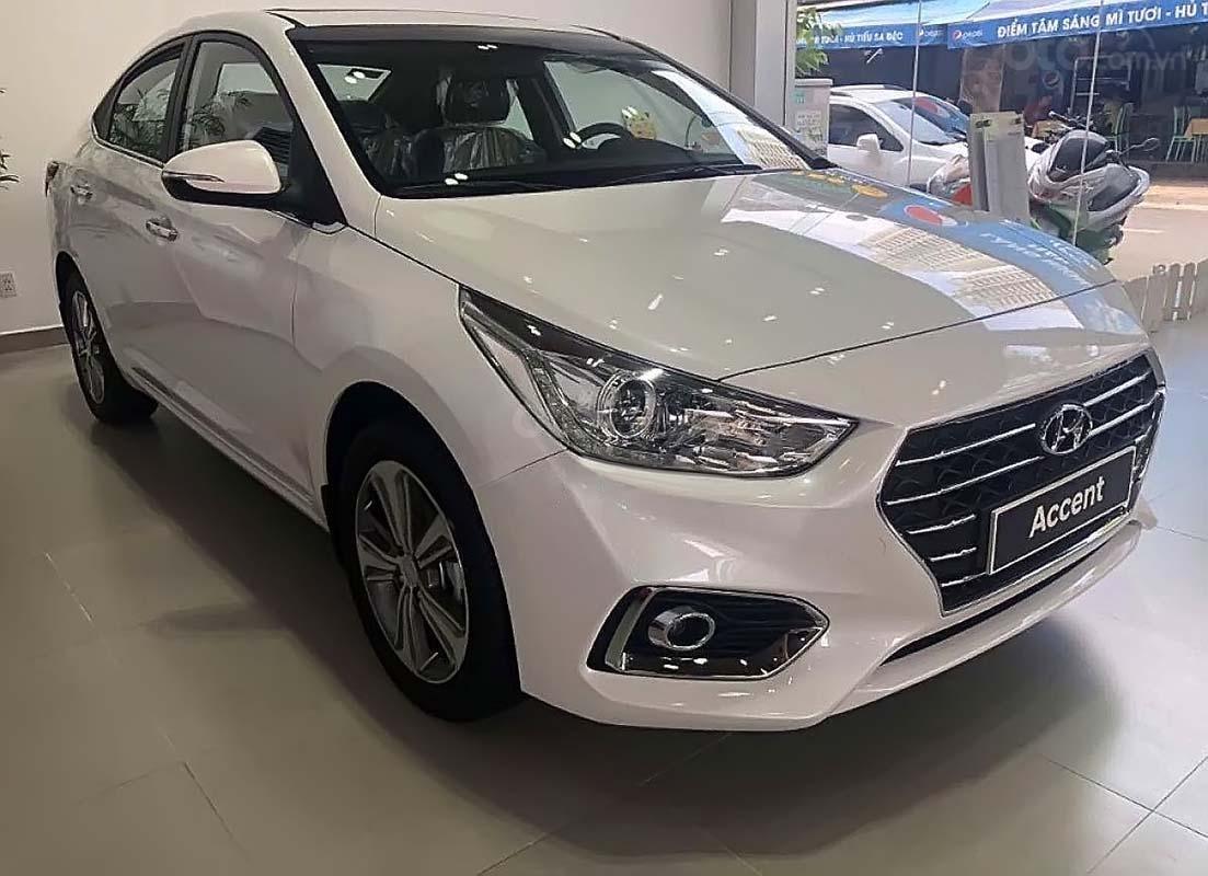 Bán Hyundai Accent đời 2019, màu trắng, giá tốt (1)