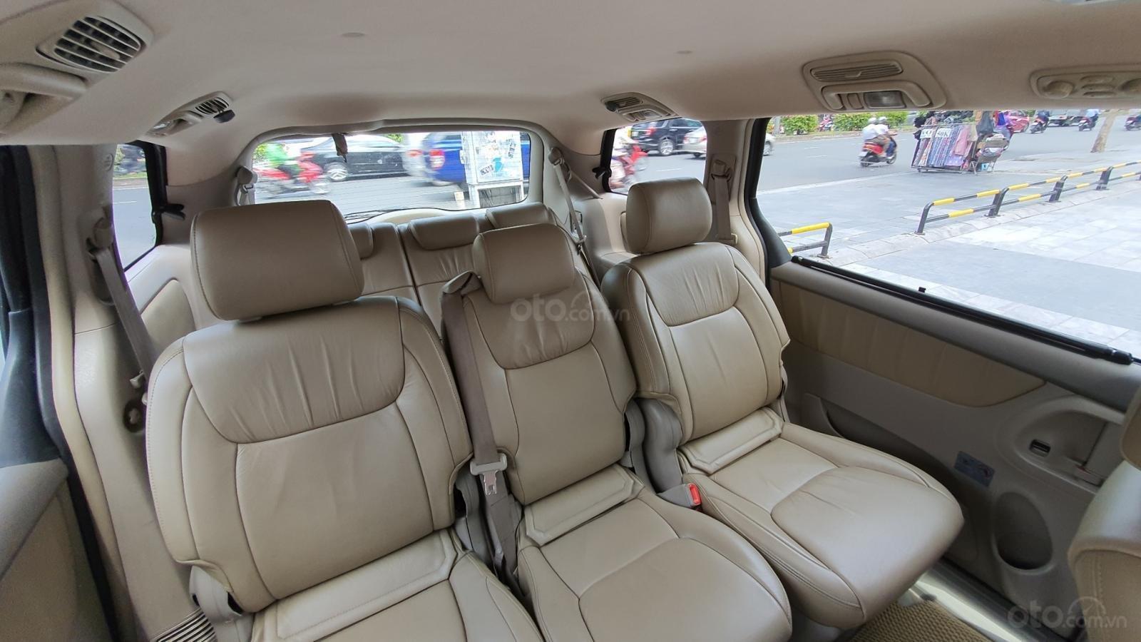 Cần bán xe Toyota Sienna LE 3.5 sản xuất 2008 màu vàng, nhập khẩu (9)