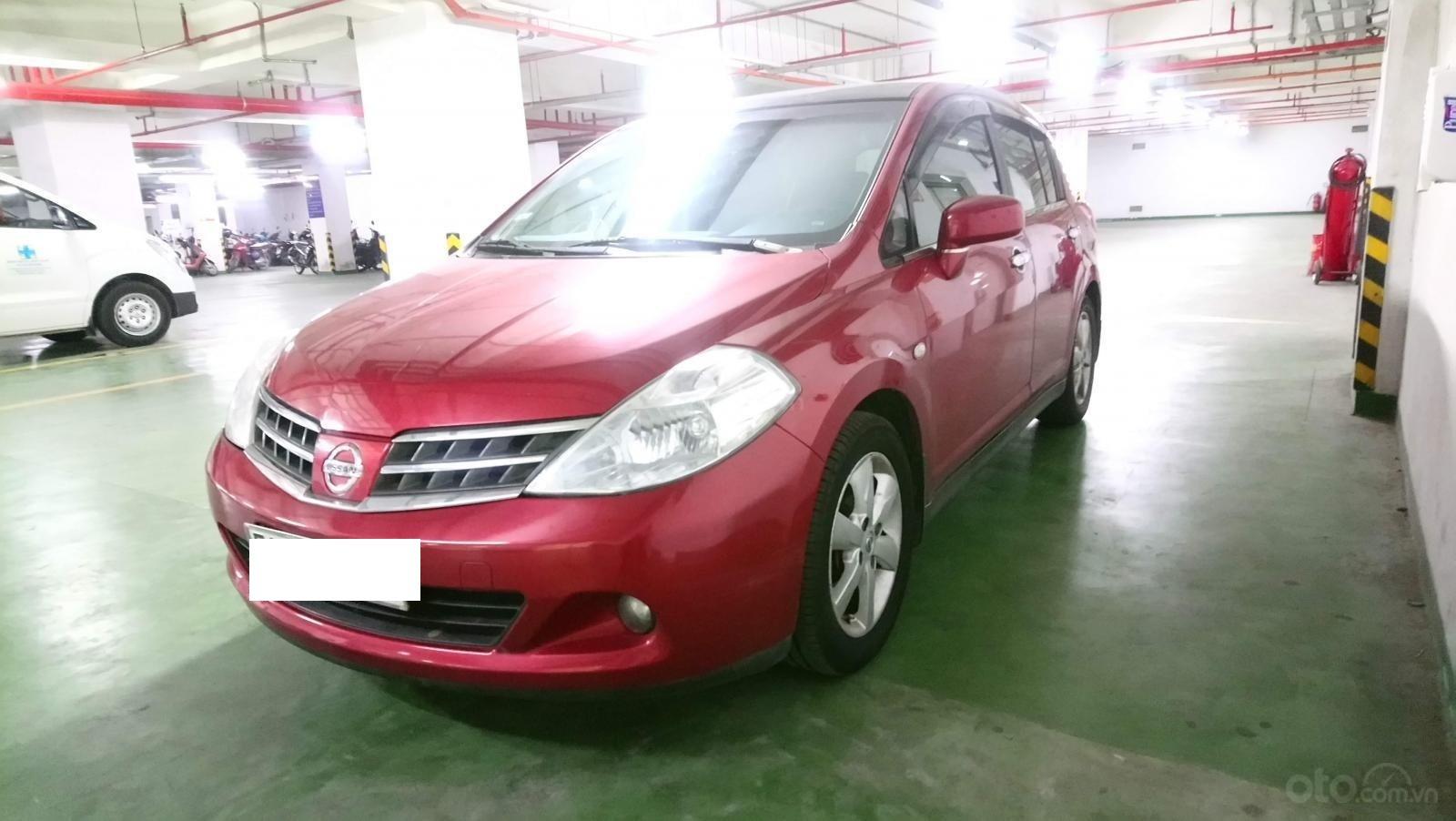 Bán ô tô Nissan Tiida ĐK 2010, màu đỏ, nhập khẩu nguyên chiếc (1)