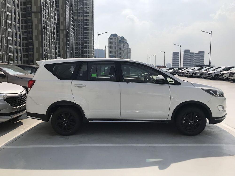 Bán Toyota Innova 2019, màu trắng, giá tốt (3)