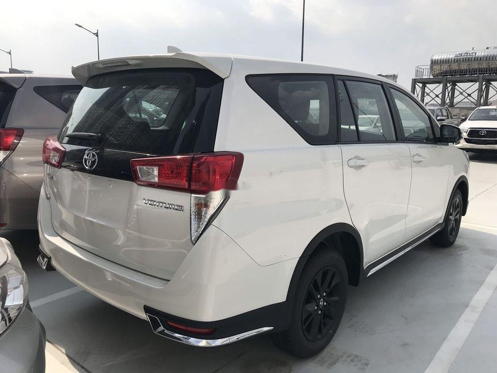 Bán Toyota Innova 2019, màu trắng, giá tốt (7)