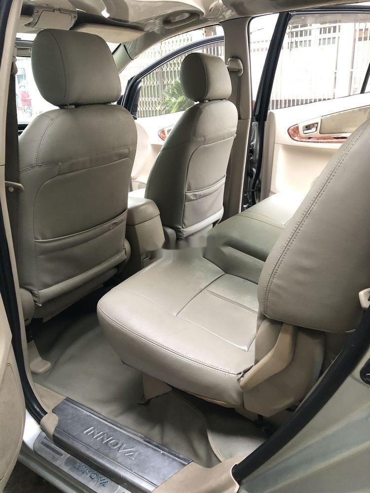 Cần bán xe Toyota Innova 2007 xe nguyên bản (7)