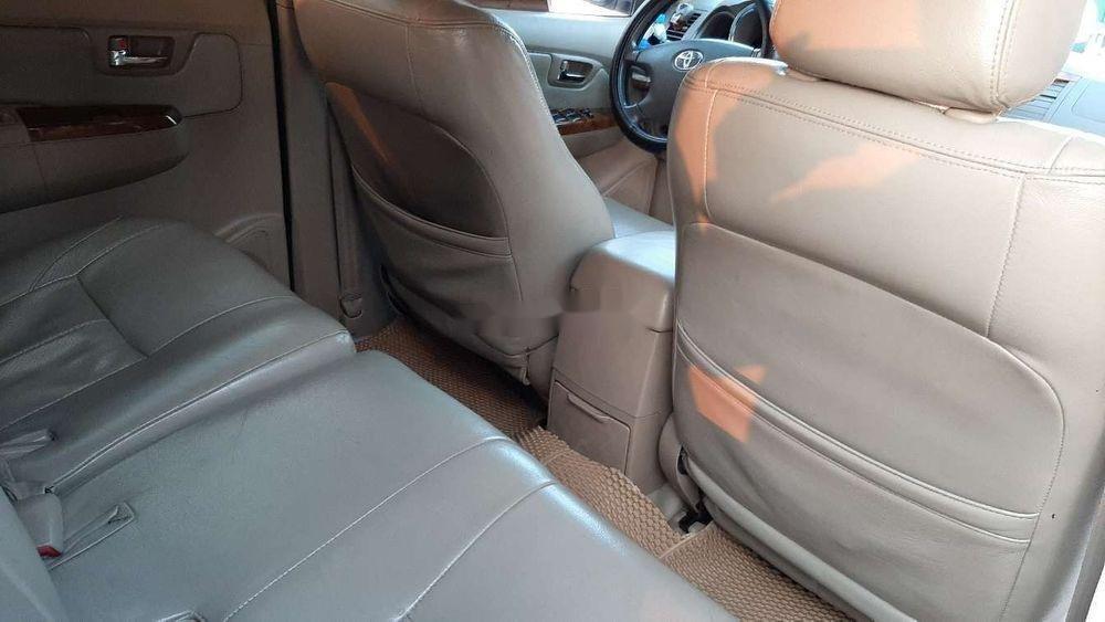 Bán Toyota Fortuner 2010, màu đen chính chủ xe nguyên bản (9)
