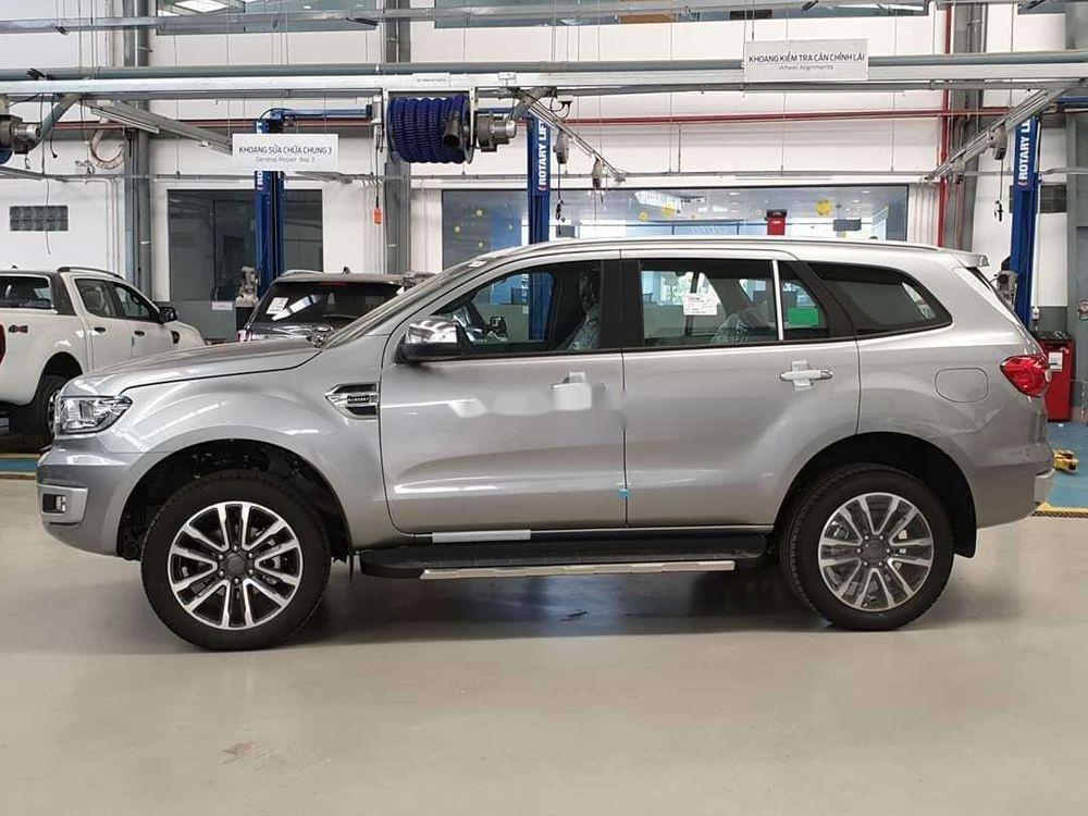 Cần bán xe Ford Everest đời 2019, nhập khẩu chính hãng (2)