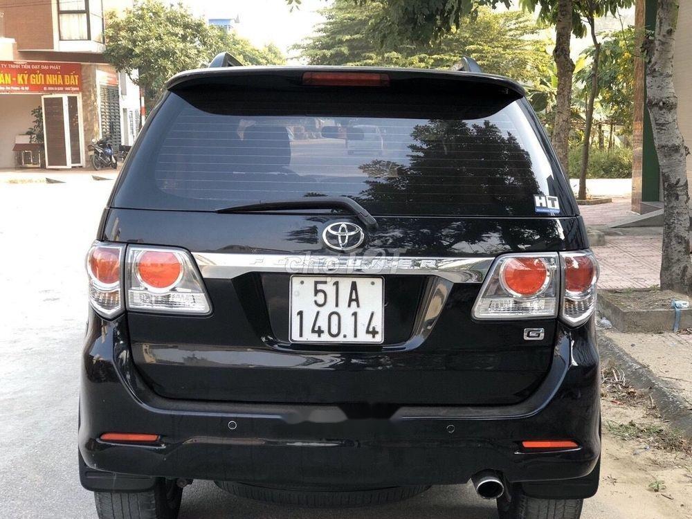 Cần bán xe Toyota Fortuner đời 2012, màu đen xe gia đình, 682tr xe nguyên bản (2)