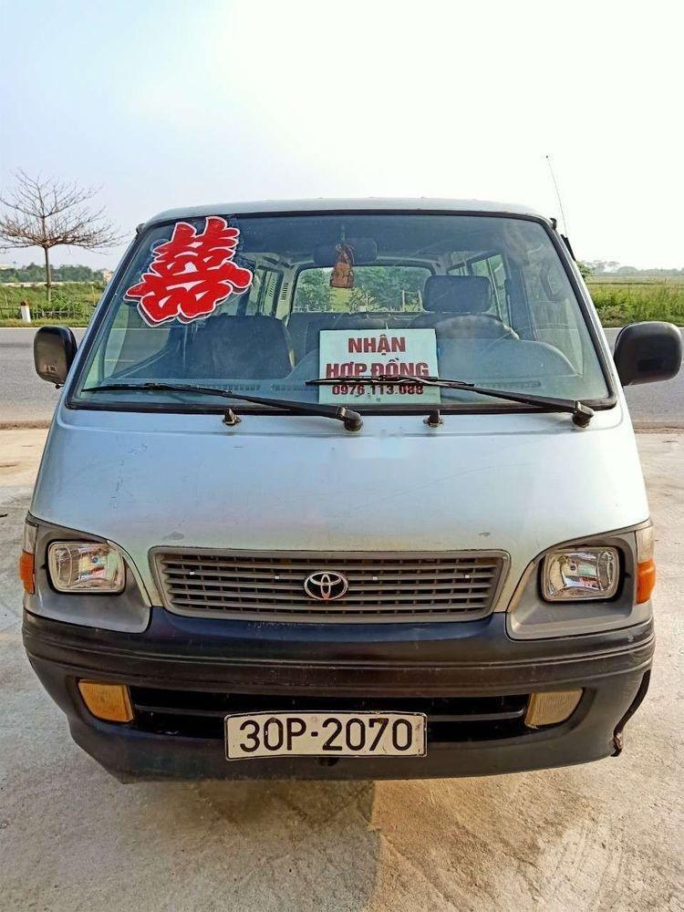 Cần bán Toyota Hiace đời 2000 xe nguyên bản (1)