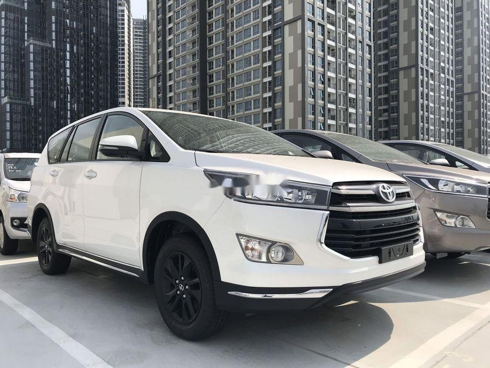 Bán Toyota Innova 2019, màu trắng, giá tốt (2)