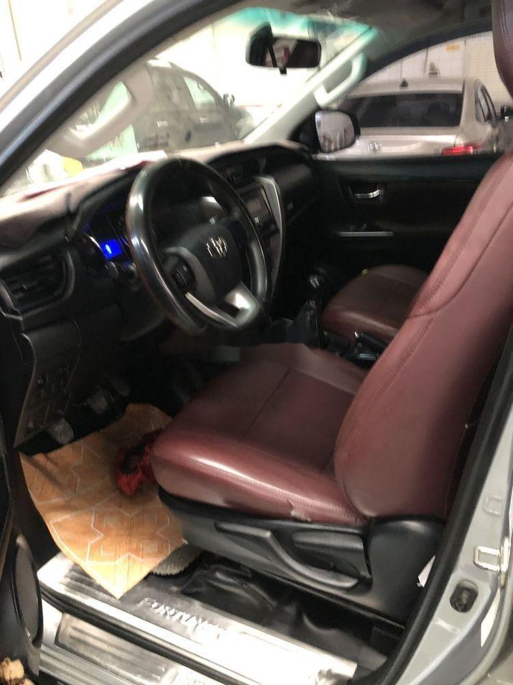 Bán ô tô Toyota Fortuner sản xuất năm 2017, nhập khẩu xe gia đình xe nguyên bản (10)