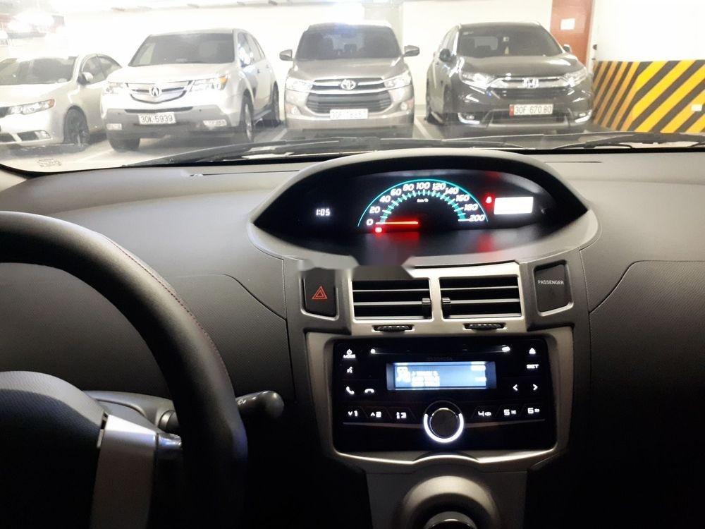 Bán xe Toyota Yaris năm 2011, màu trắng, nhập khẩu chính hãng (3)