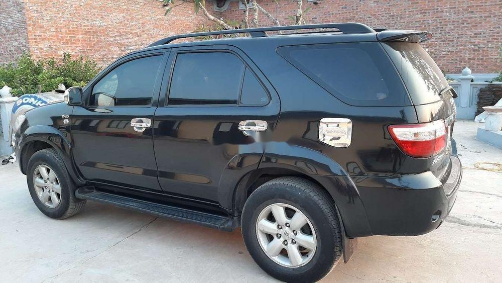 Bán Toyota Fortuner 2010, màu đen chính chủ xe nguyên bản (11)